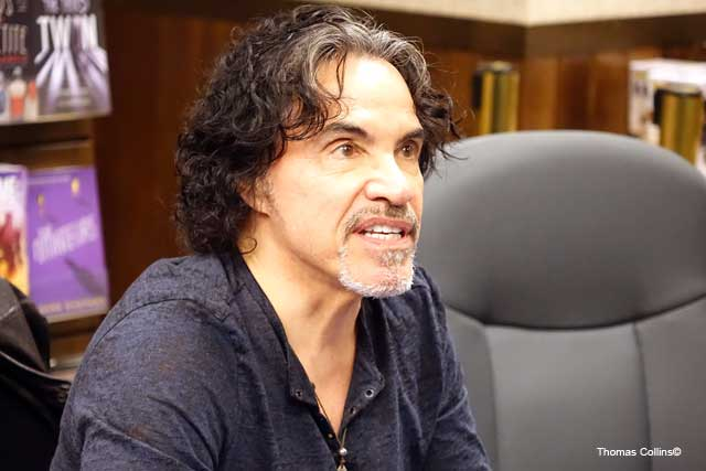 JohnOates4
