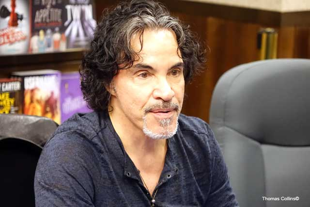 JohnOates3