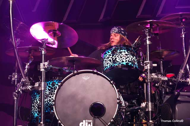 Steel Panther LIVE at The Fillmore Stixx Zadinia photo by Thomas Collins – 4