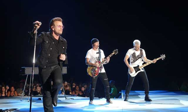 U2 in Philly for The Joshua Tree 30th Anniversary - Photo by Tom Collins